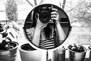 mirror-1138098_1920.jpeg