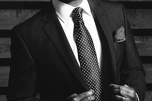 business-suit-690048_1920 (1).jpeg