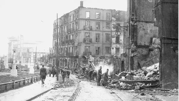 Bilbao. Edificios bombardeados en la Guerra Civil