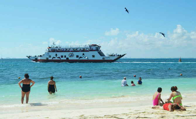 Daily visitors to Isla Mujeres