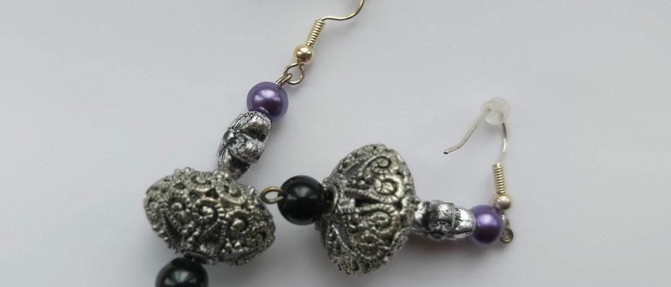 Handmade Vintage-Style  Silver Grey Earrings buy at ArtAndPatterns.com