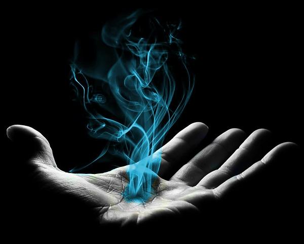 NEW smoke hand.png
