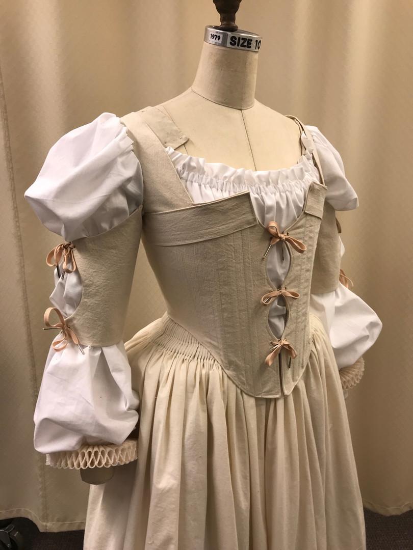 Elizabethan Bodice and Skirt