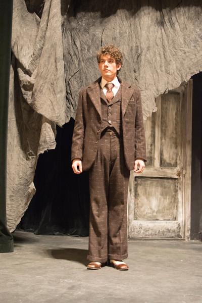 Actor as Kipps Suit Jacket Construction