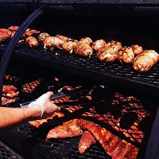 porters_smokehouse_cooking_meat_ribs_bbq