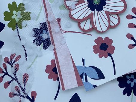 "Paper Blooms Gift Bag 5-1/2"" x 8-1/2"""