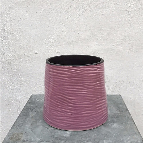Lila Creased Ceramic