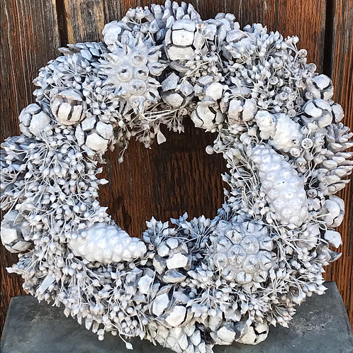 Wreath of Wild Fruits (25cm)
