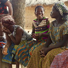 Equitable Solidaire Microcrédit Formation Empowerment Woman Afrique Wax Karité Village Commerce Equitable Femme Egalité bénéfices éthique
