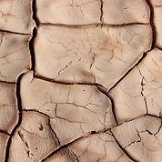 drought-1149686_1920_edited.jpg