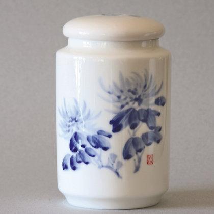 Classic Chrysanthemum Tea Canister