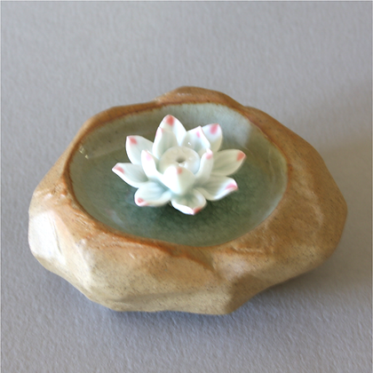 Lotus Pond Incense Stand