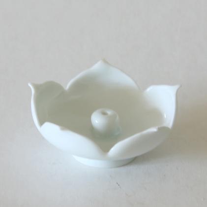 Lotus White Petal Incense Stand