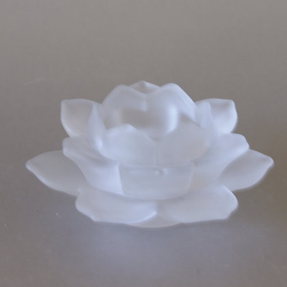 Lotus Tea Light Holder, White