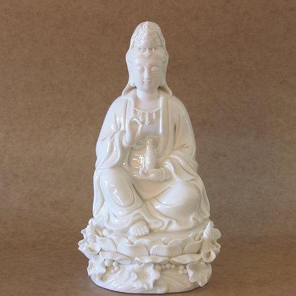 Sitting Kwan Yin (M)