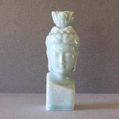 Kwan Yin Head on Pedestal