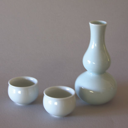 Gourd Sake Set, 1 Bottle & 2 Cups