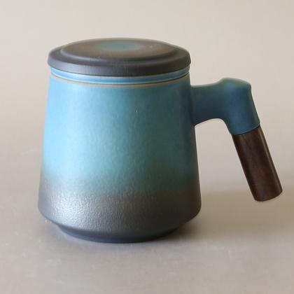 Wood-Handle Tea Mug w/ Strainer
