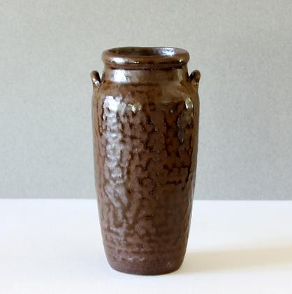 Rustic Vase w/ Handle, Brown