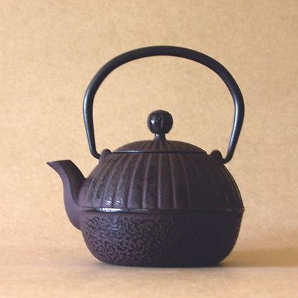 Iron Tea Pot, Brown