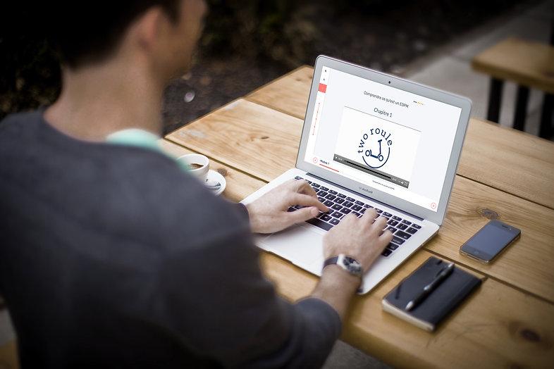 ordinateur e-learning two roule