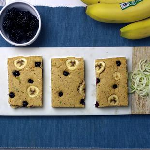 Hassle-free (& Gluten Free) Blackberry Banana Pancakes