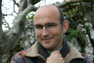 Dr Guy Waddell