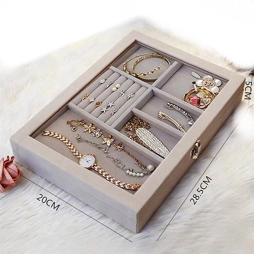 Eva Jewelry Case