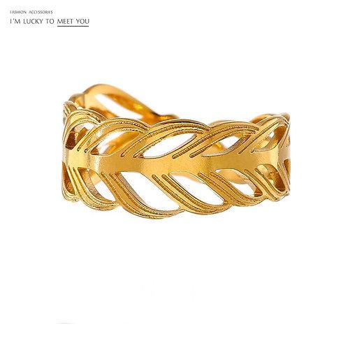 Ariana Ring