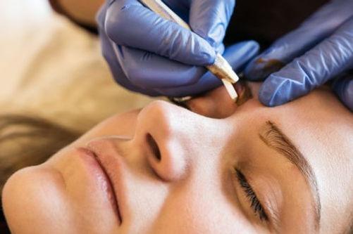 Maquillag permanent des sourcils