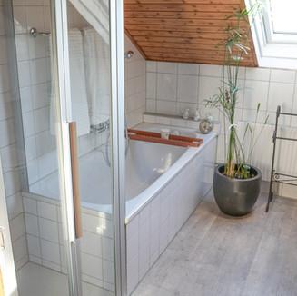 Badezimmer / Toilette
