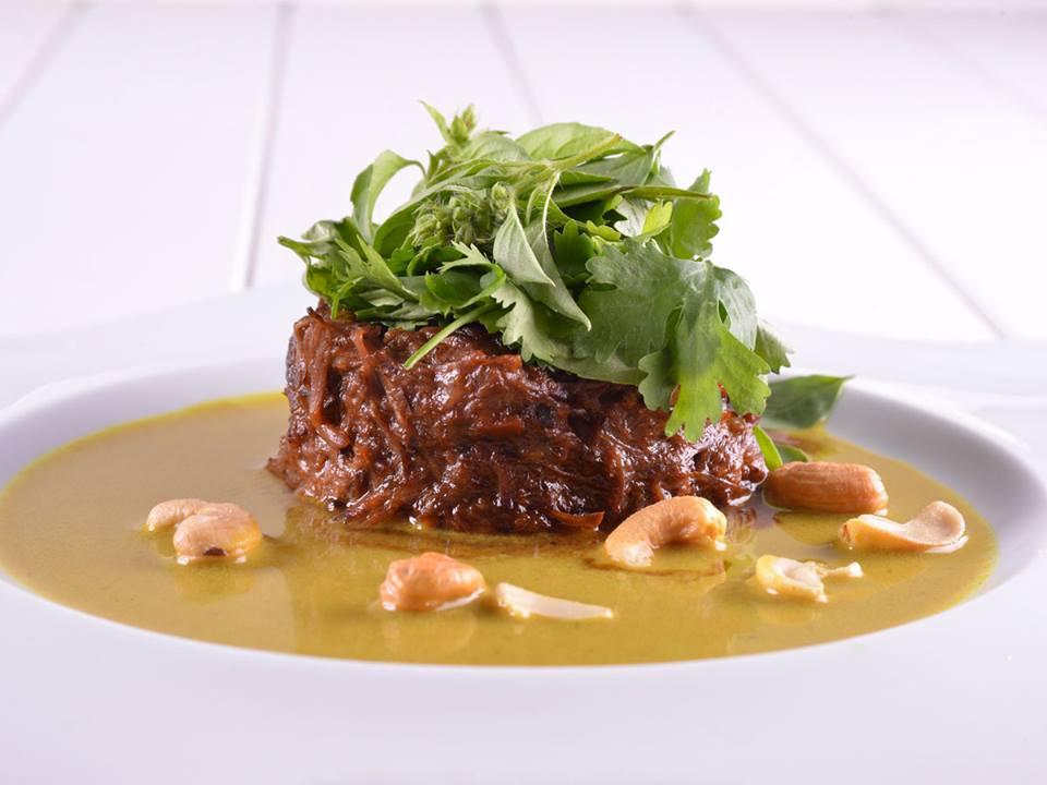 Rabo de Toro al Curry