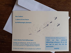 Bon cadeau réflexologie pour la Fête des mères, cadeau bien-être, cadeau noël détente, cadeau original, cadeau bien-être, cadeau anniversaire soin bien-être, massage détente, massage bien-être, cadeau zen, Plessis-Grammoire, Angers, Bouchemaine, Sarrigné, Andard, Brain, St Sylvain d'Anjou, St Barthélémy d'Anjou, Corné, Mireille Meunier, Nadine Jedrey, Pascale Chenoun, Sylvie Jugé, Valérie Normand, acupression, médecine douce, réflexologue RNCP, réflexologie Angers, réflexologie Le Plessis Grammoire, médecine naturelle, stress et réflexologie, anxiété et réflexologie, douleur et réflexologie, problème inflammatoire et réflexologie, cancer et réflexologie, prise en charge de la douleur, bouffées de chaleur ménopause, douleurs ménopause, douleurs endométriose, douleurs règles, mal au dos, mal au ventre, mal aux pieds, mal au genou, mal à l'épaule, mal au dos, insomnie et réflexologie, constipation et réflexologie, mal au bras et réflexologie, pédicure podologue, osthéopathe