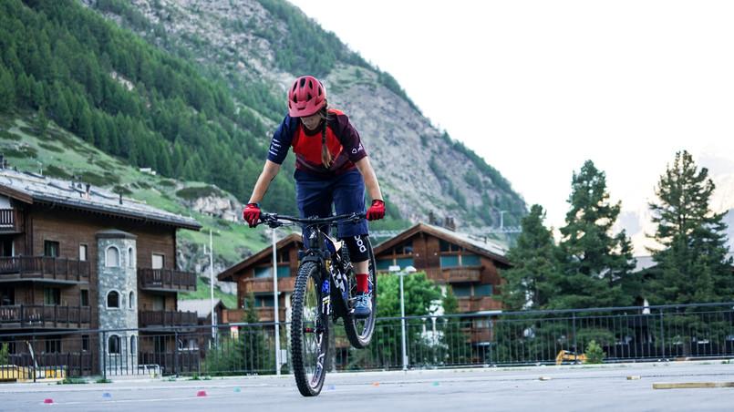 Stoppie Bikeschool Zermatt