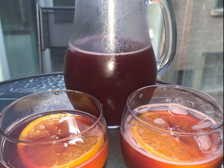 How to Make a Sangria Pitcher