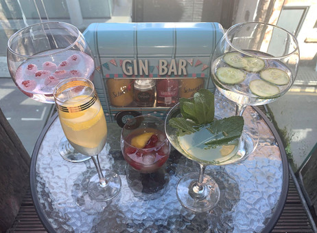 How to Make 4 Classic Cocktails - The Gin Edition