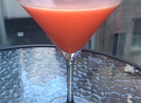 How to Make a Strawberry Martini