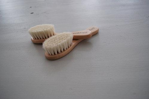 Baby Haarbürste aus Holz - Leo & Fred