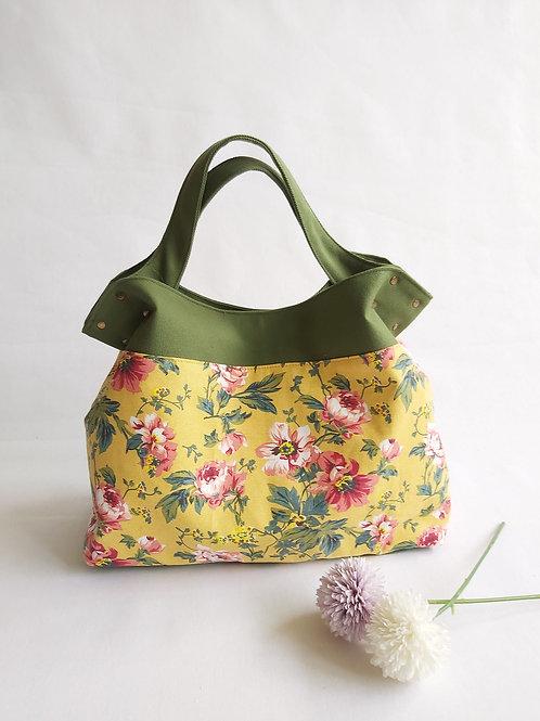 Handmade Mod Flaire Tote Bag - Vintage Floral
