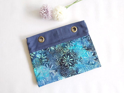 Zentique Handcarry Tote Bag - Batik Blue Daisies