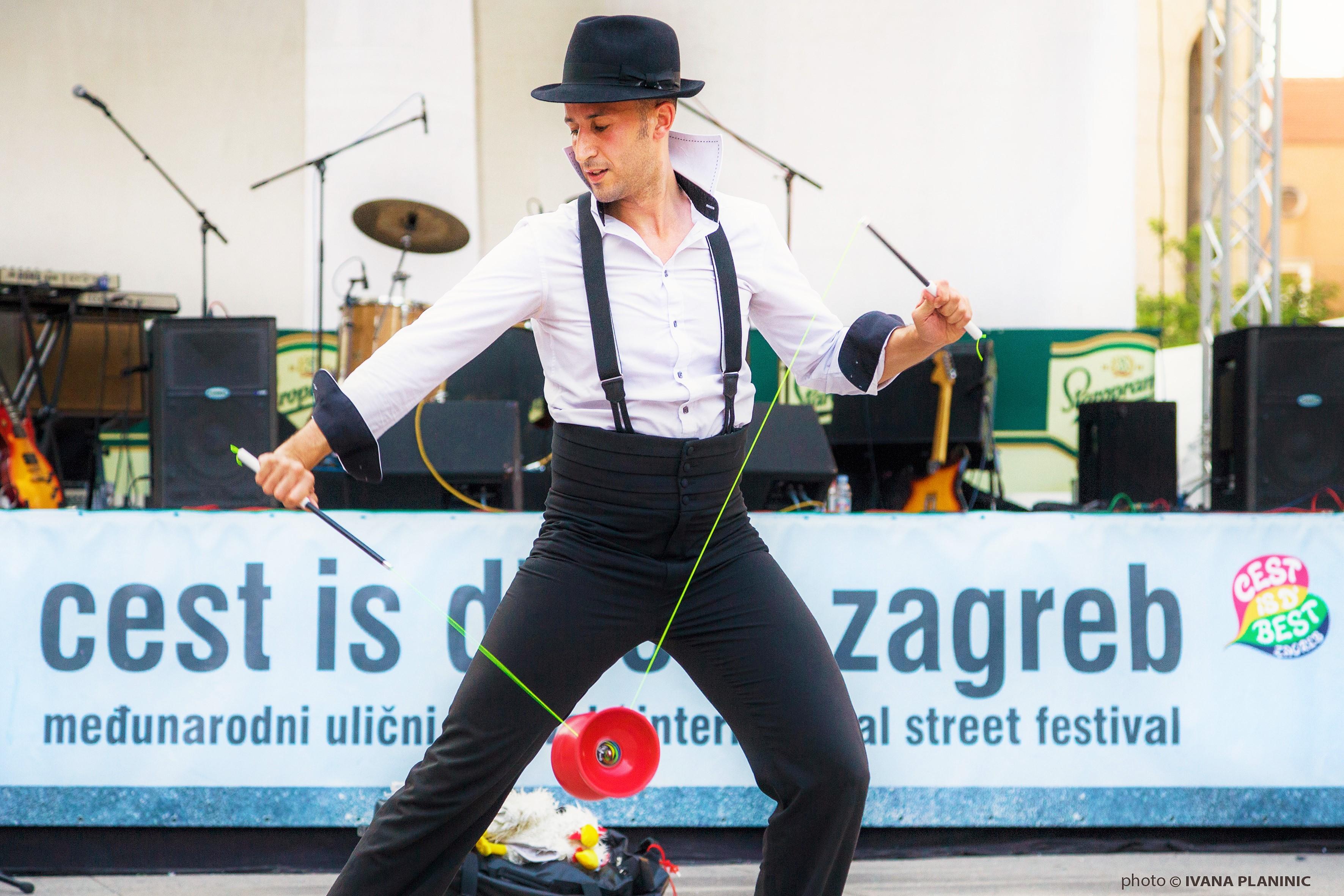 02_Mister F_Cest is d best_Zagreb_Croati