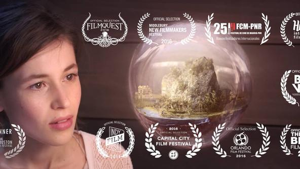 Circle (2017)