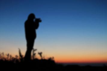 Silhouette-of-cameraman-366889.jpg