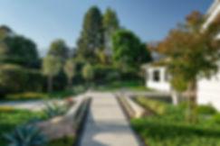 04_hub-of-the-house-by-karen_montecito_e