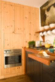 05_hub-of-the-house-by-karen_manhattan-b