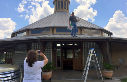 Volunteer visitors from San Angelo, TX, Jim and Sharla Ynostrosa … September 23, 2016