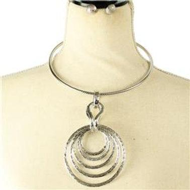 Metal Round Choker Necklace Set