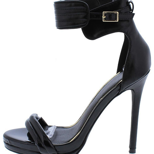 Black Strap Stiletto