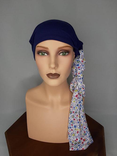 turbante azul con pañuelo estampado con flores ,color azul ,tela de bambú