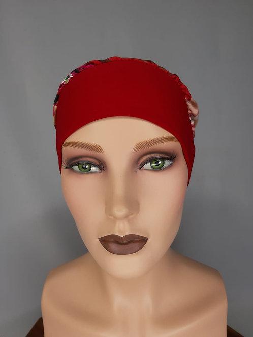turbante de seda en color rojo con estampado floreado